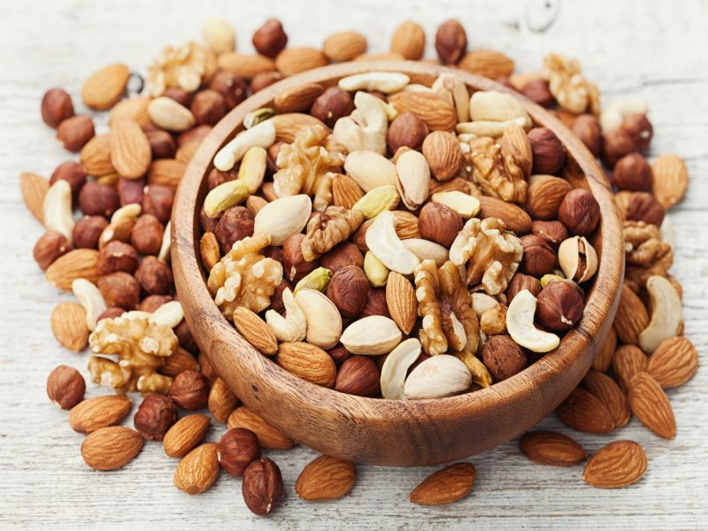 Higher Nut Consumption May Cut Recurrence, Death in Colon CA