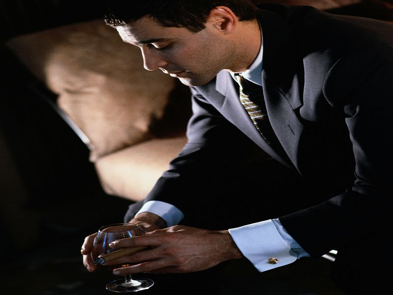 Binge Drinking Linked to Increased Systolic BP in Men