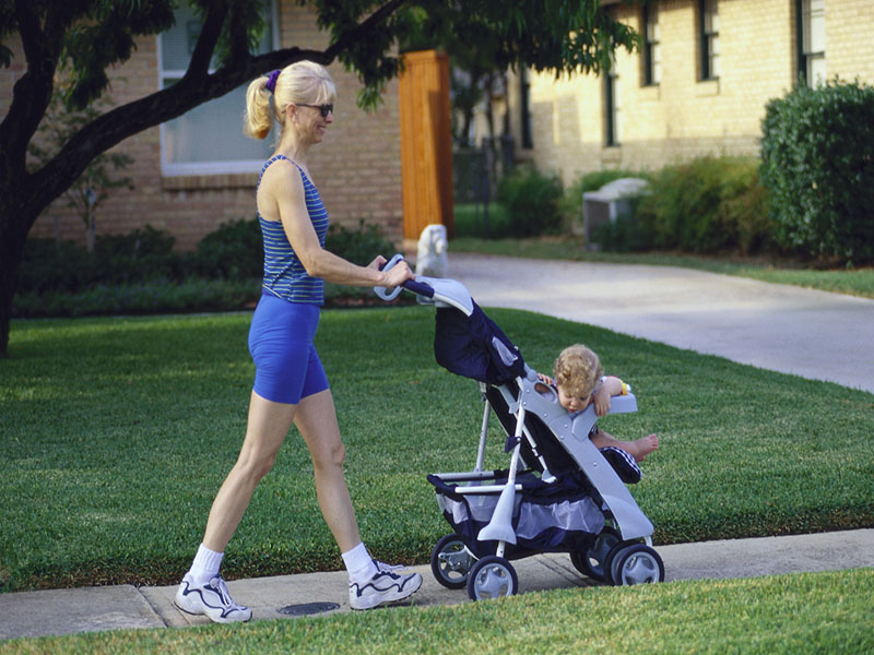Mothers' Healthy Lifestyle Tied to Drop in Offspring Obesity
