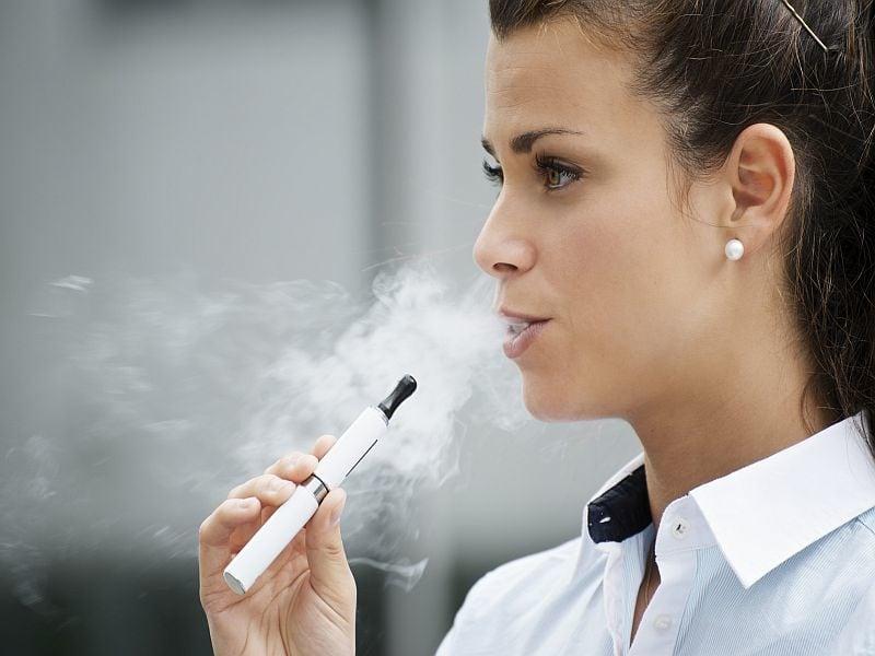 CDC: E-Cigarette Sales in the United States Climb As Prices Fall