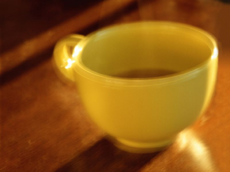 Hot Tea + Alcohol or Smoking May Up Esophageal Cancer Risk