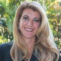 Karina F. Leal