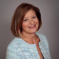 Lisa J. Stearns